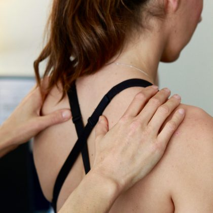 osteopathy_neck_shoulder_pain_treatment_headaches